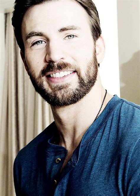His eyes. His smile. His necklace.   Chris evans, Chris ...