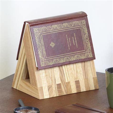 book standtablet holder woodworking plan  wood magazine