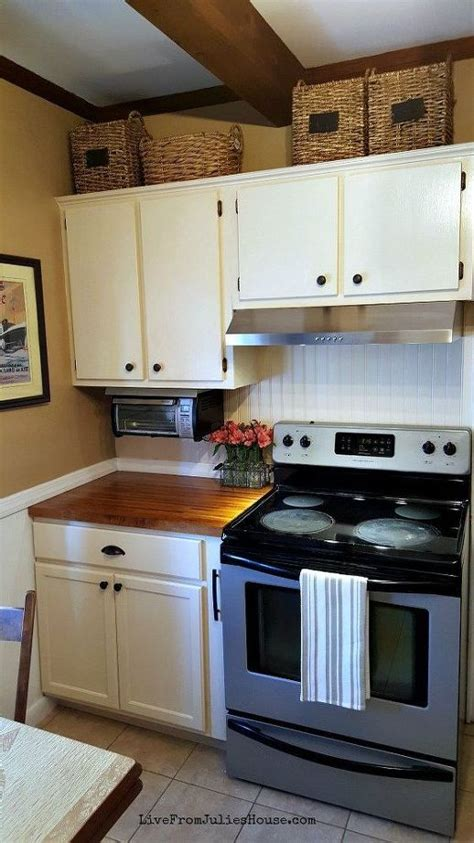 hometalk a diy kitchen makeover on a small budget diy budget cottage kitchen makeover hometalk