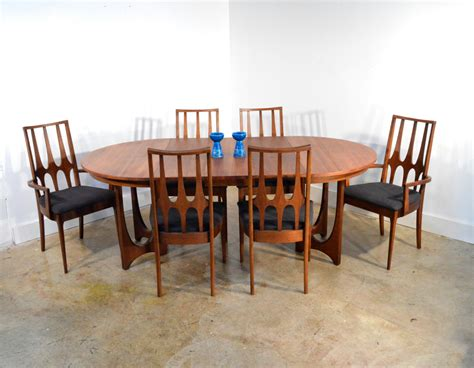 broyhill brasilia dining table and chairs mid century