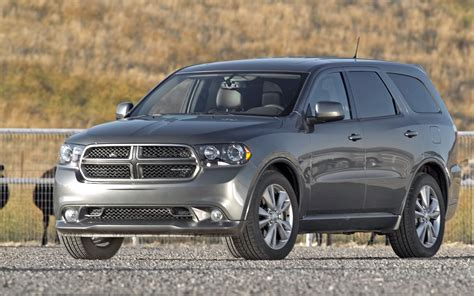 2012 dodge durango captains chairs dodge durango adds second row captain s chairs as option