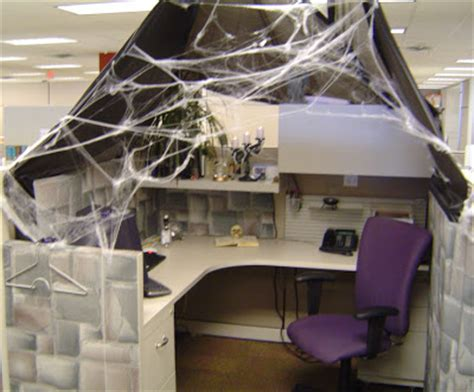 these things can only happen to me haunted cubicle