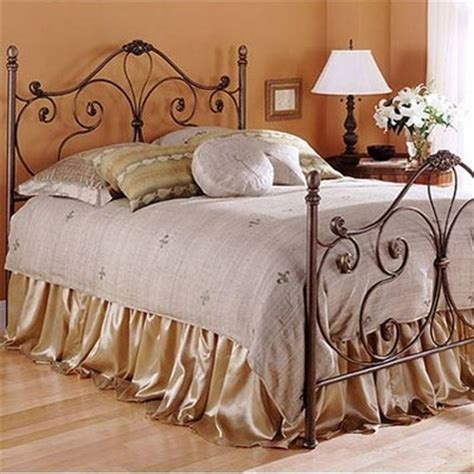 fbg aynsley wrought iron bed not a fan of the bedding but i like the frame iron works
