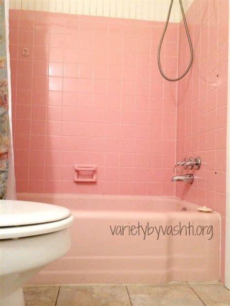 Alte Fliesen Bemalen by How I Painted Our Bath Tub Tile Floor Diy 30