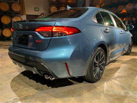 toyota corolla revealed   sedan    decade