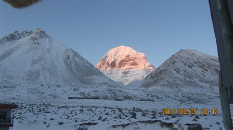 tibet saga dawa buddhism festival holy kailash tours