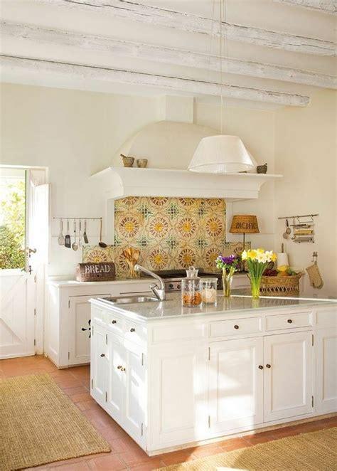 tomette cuisine concevoir une décoration de cuisine cagnarde et élégante