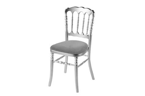location chaise napoleon location de chaise napoleon argent grise coussin blanc