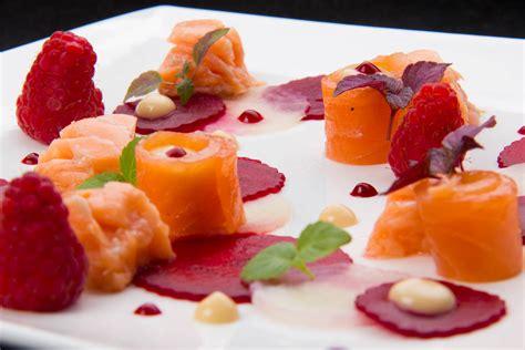 comment cuisiner les betteraves rouges saumon en deux façons carpaccio de betteraves arôme