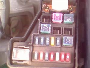 2005 Nissan Sentra Fuse Box