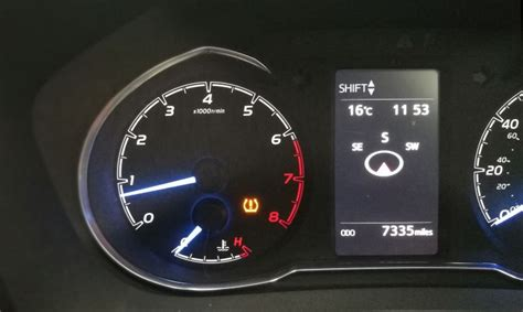 what is tpms light tyre pressure monitoring system tpms what is it and how