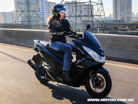 Pcx 2018 Azul by Honda Pcx 2018 Segue Sem Grandes Mudan 231 As E Mant 233 M Pre 231 O