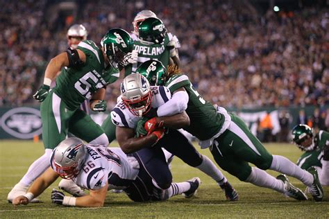 patriots  committee approach  fullback   run game alive  jets