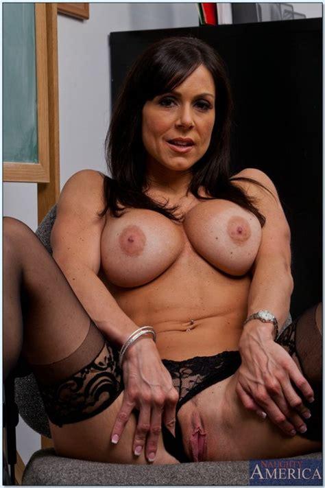 Lustful Brunette Milf Kendra Lust Covered In Cum Busty Vixen
