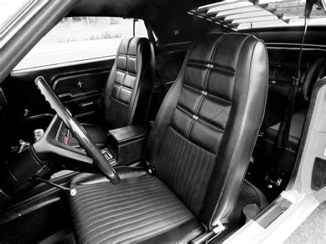 mustang deluxe   bucket seat upholstery