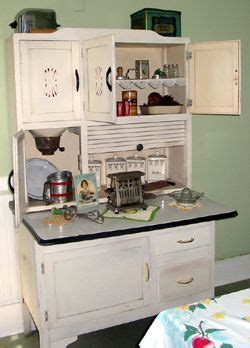 Fashioned Kitchen Cupboards by Fashioned Looking Kitchens Images I Adore