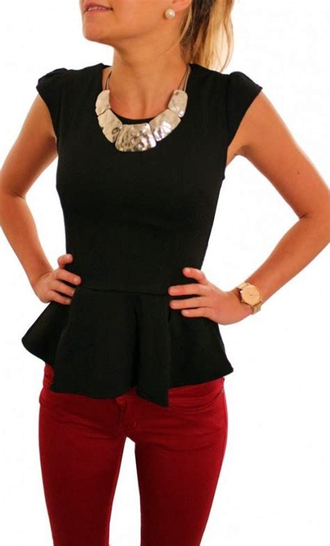 20 Gorgeous Jewelry and Outfit Pairings | Peplum Red Skinny Jeans and Black Shirts