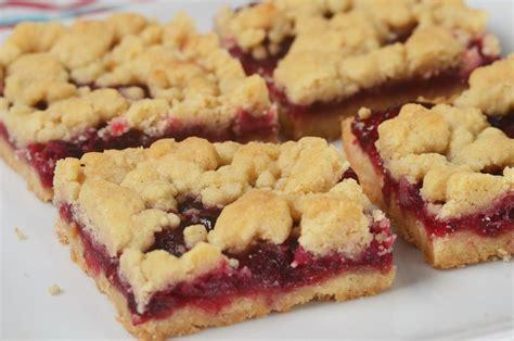 cranberry shortbread bars joyofbakingcom video recipe