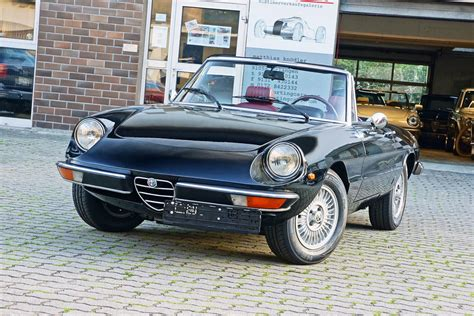 alfa romeo spider  junior sporting cars