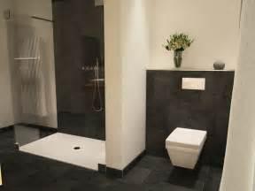 badezimmer villeroy und boch die besten 25 graue badfliesen ideen auf kleine graue badezimmer graue fliesen und