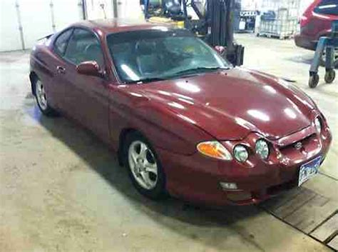 how to sell used cars 2000 hyundai tiburon seat position control sell used 2000 hyundai tiburon base coupe 2 door 2 0l in aberdeen south dakota united states