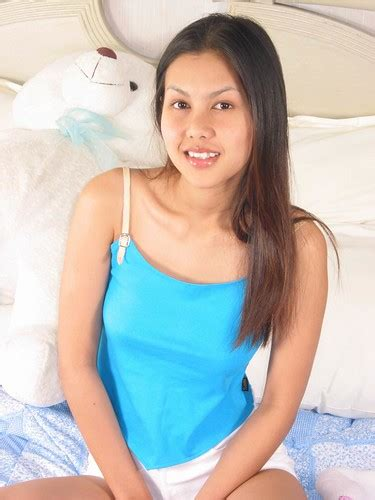 Hot Asian Teen Smiling Tell Me Hows My Smile Flickr