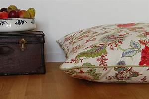 Stoffe Für Sofakissen : grosse sitzkissen bodenkissen 90x90cm franzoesische stoffe exklusive decken und kissen ~ Sanjose-hotels-ca.com Haus und Dekorationen