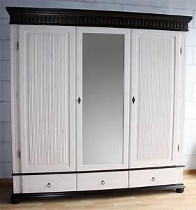 Kleiderschrank 3 Türig Weiß : kleiderschrank 3 t rig wei kolonial mit spiegel kiefer massiv poarta ~ Indierocktalk.com Haus und Dekorationen