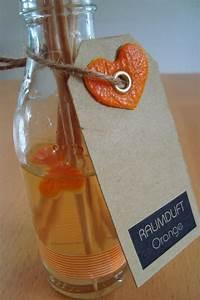 Destilliertes Wasser Selber Machen : kleefalter diy raumduft mit st bchen basteln pinterest raumduft duft und basteln ~ Watch28wear.com Haus und Dekorationen