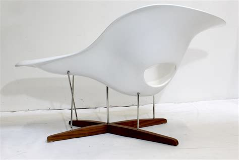 chaise solde vitra eames chair vintage eames vitra white la chaise