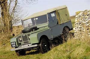 Land Rover Serie 1 : land rover defender photo history bloomberg ~ Medecine-chirurgie-esthetiques.com Avis de Voitures
