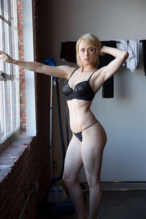 Iliza Shlesinger Leaked Nudes - Scandal Planet