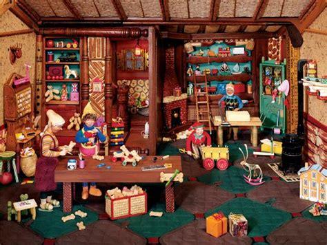 santas workshop jigsaw puzzle puzzlewarehousecom