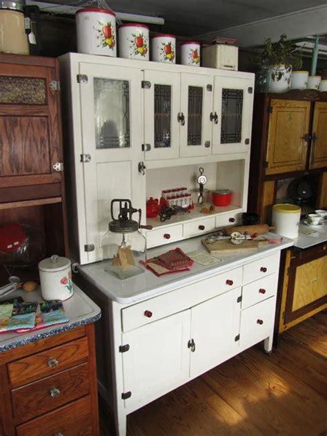 kitchen hoosier cabinet 17 best images about vintage hoosier kitchen cabinets on 5394