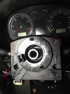 Voyant Esp Allumé : voyant esp airbag conducteur probl mes electriques ou electroniques forum volkswagen golf iv ~ Gottalentnigeria.com Avis de Voitures