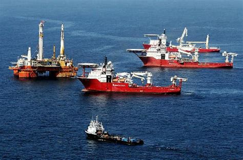 bye bye bonnie cleanup resumes at gulf spill ny