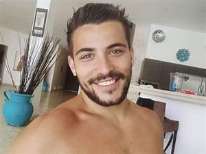 Anthony Mateo Origine : public buzz anthony mat o pose nu et les internautes le lui font payer tr s cher ~ Medecine-chirurgie-esthetiques.com Avis de Voitures
