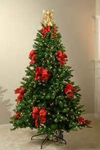 christmas tree decorations with red ribbons christmas decorating