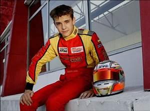 Pilote Formule 1 Mort : jules bianchi le pilote de formule 1 est d c d cette nuit ~ Medecine-chirurgie-esthetiques.com Avis de Voitures