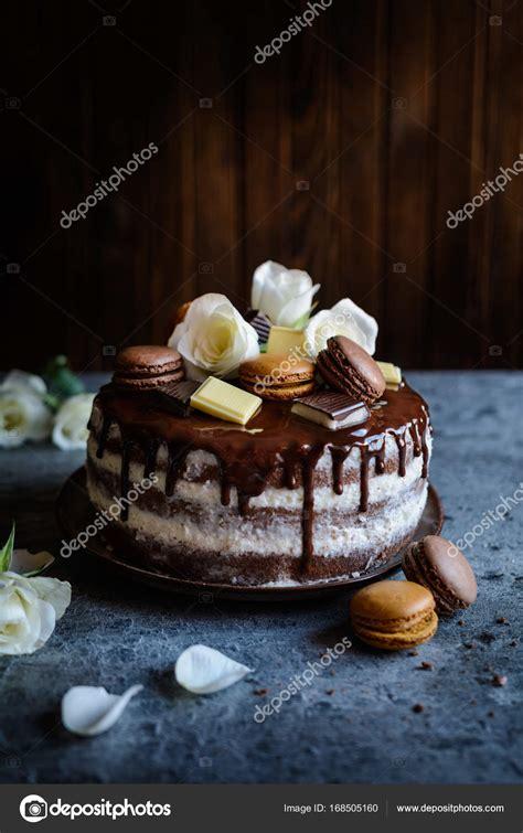 torte decorate con fiori nudo torta farcita con crema al mascarpone ricoperta di