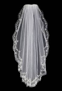 56 best images about Waist Length Bridal Veils on ...