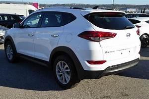 Hyundai Tucson Versions : hyundai tucson neuve tucson 1 7 crdi 115 creative 2wd version import moins ch re ~ Medecine-chirurgie-esthetiques.com Avis de Voitures