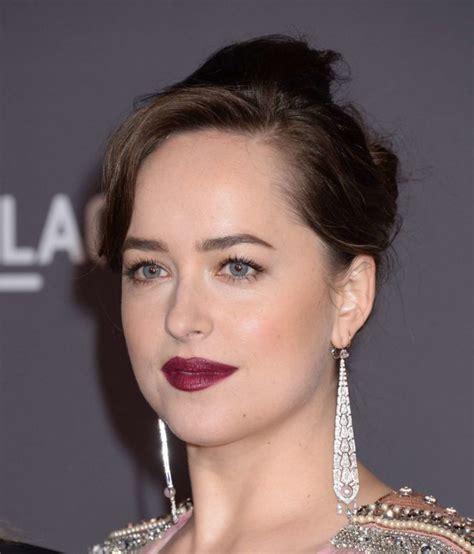 American Actress Dakota Johnson Beautiful Face Closeup ...