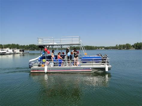 Better Boat Rentals Lake Murray by Decker Pontoon With A Water Slide Picture Of