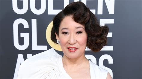 sandra oh monologue sandra oh s golden globes monologue acknowledged big