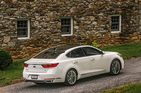 2017 Kia Cadenza First Drive Review Splitting The Hairs