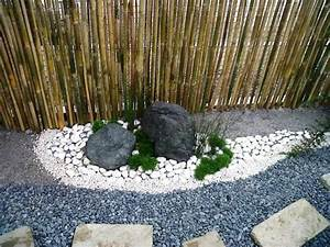 incroyable idee deco jardin avec cailloux 4 vue en With deco jardin avec cailloux