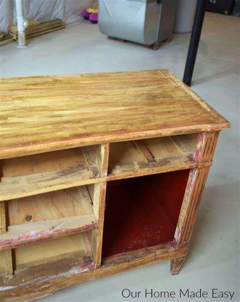 easily remove paint varnish   furniture