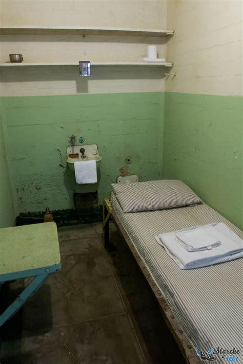interieur d une prison alcatraz la prison fleurie marche et r 234 ve