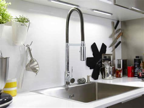 robinet cuisine qui fuit maison design goflah